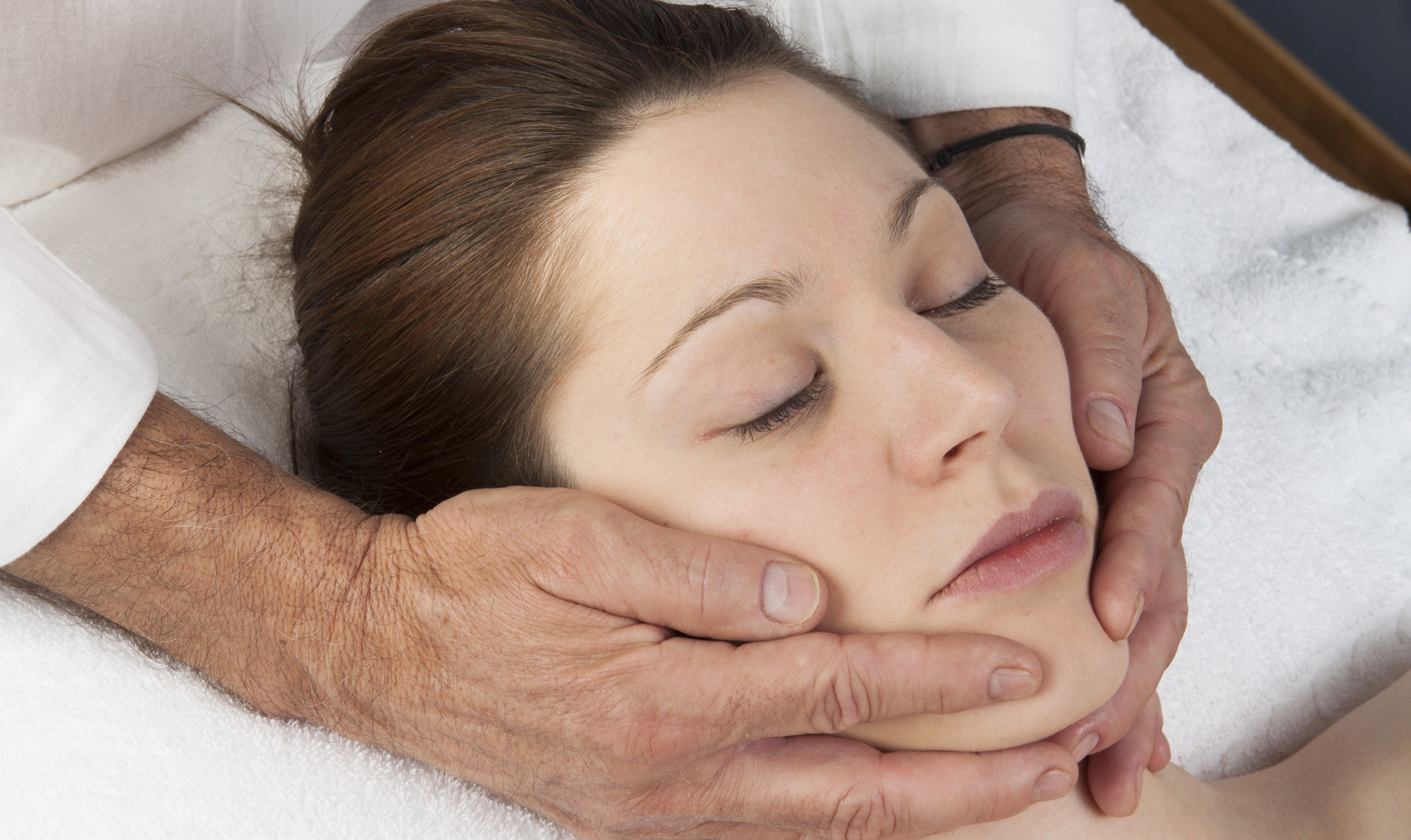 Kiefergelenksbehandlung_Steinau_Physiotherapie